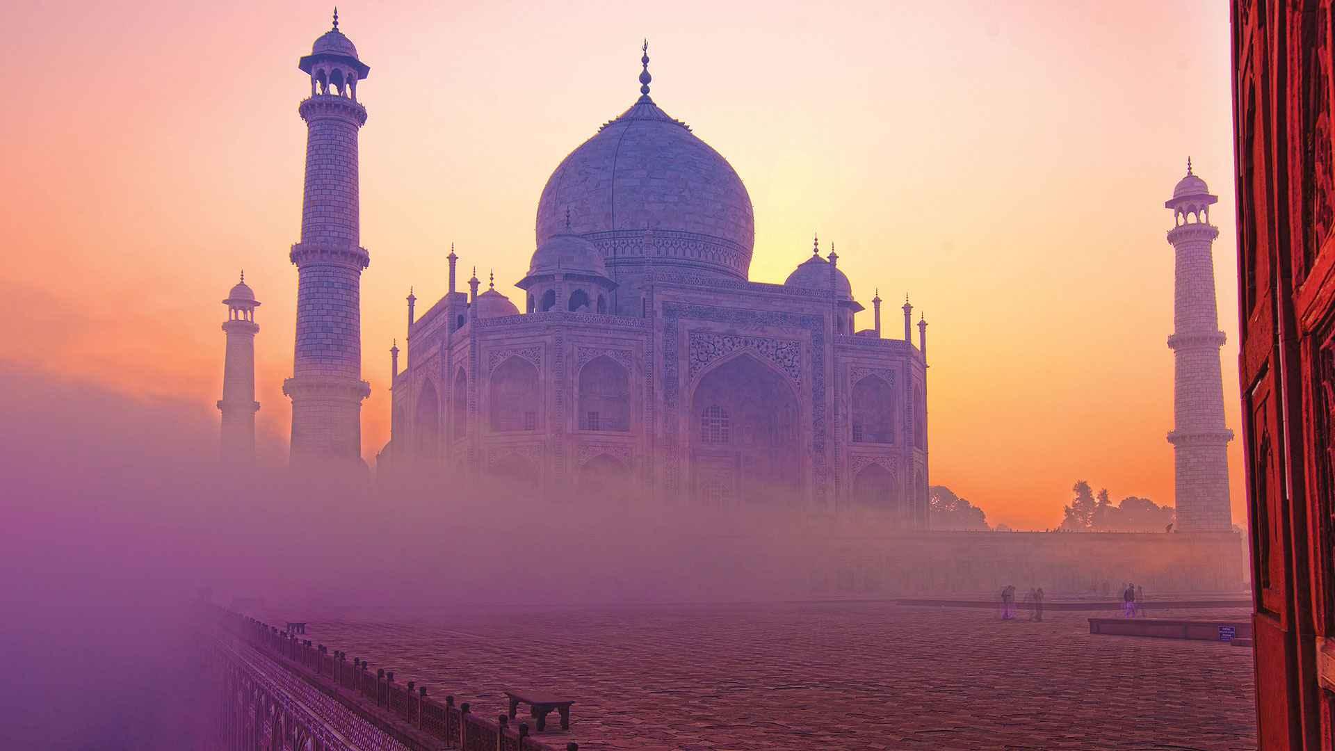 hindistan-agra-tac-mahal-sis-gun-batimi